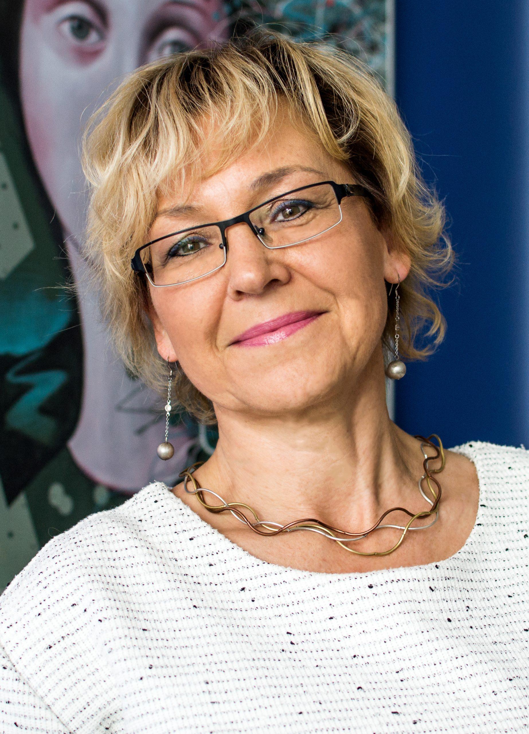 dr Wioleta Bryniewicz