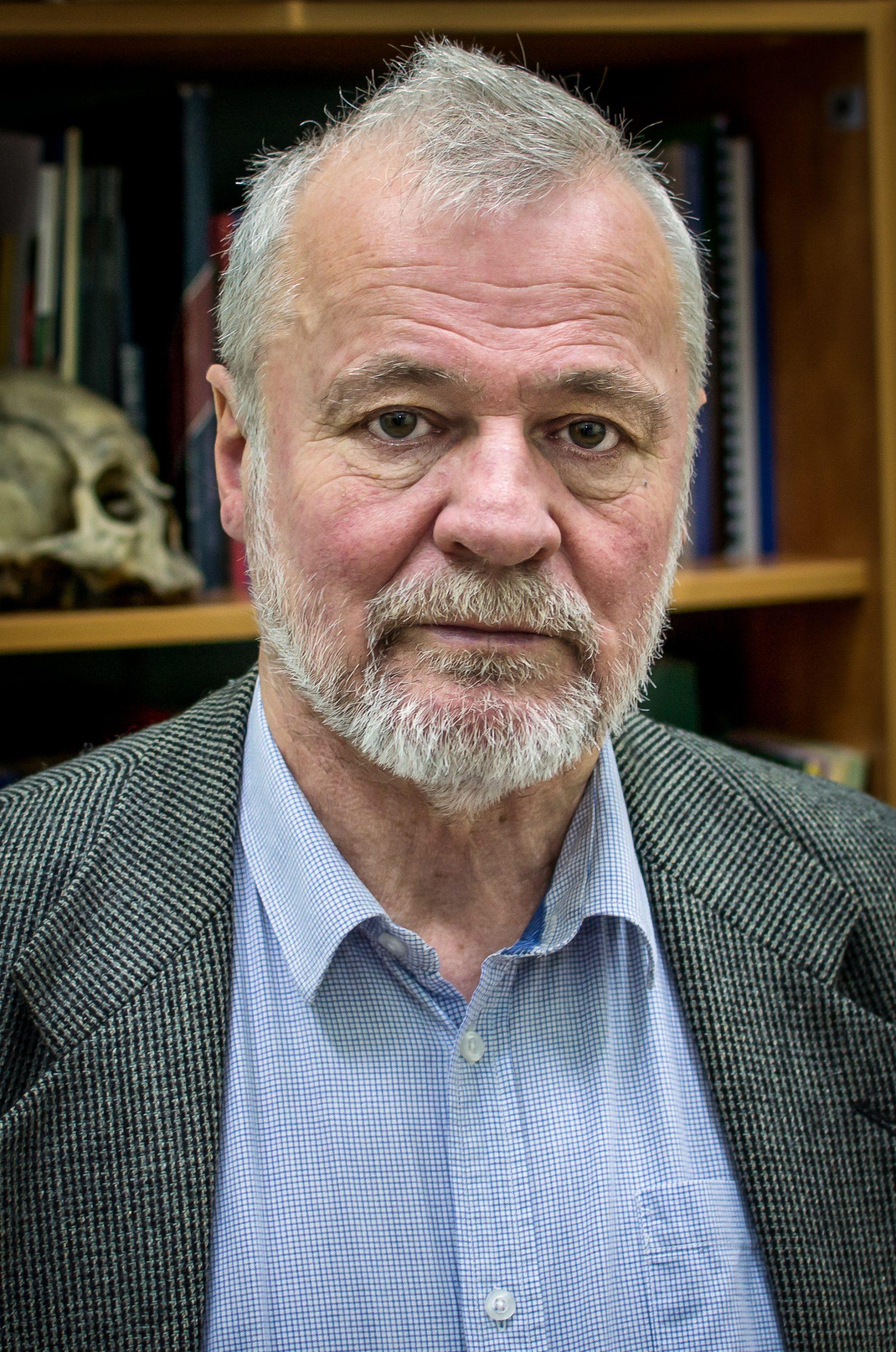 prof. Karol Piasecki