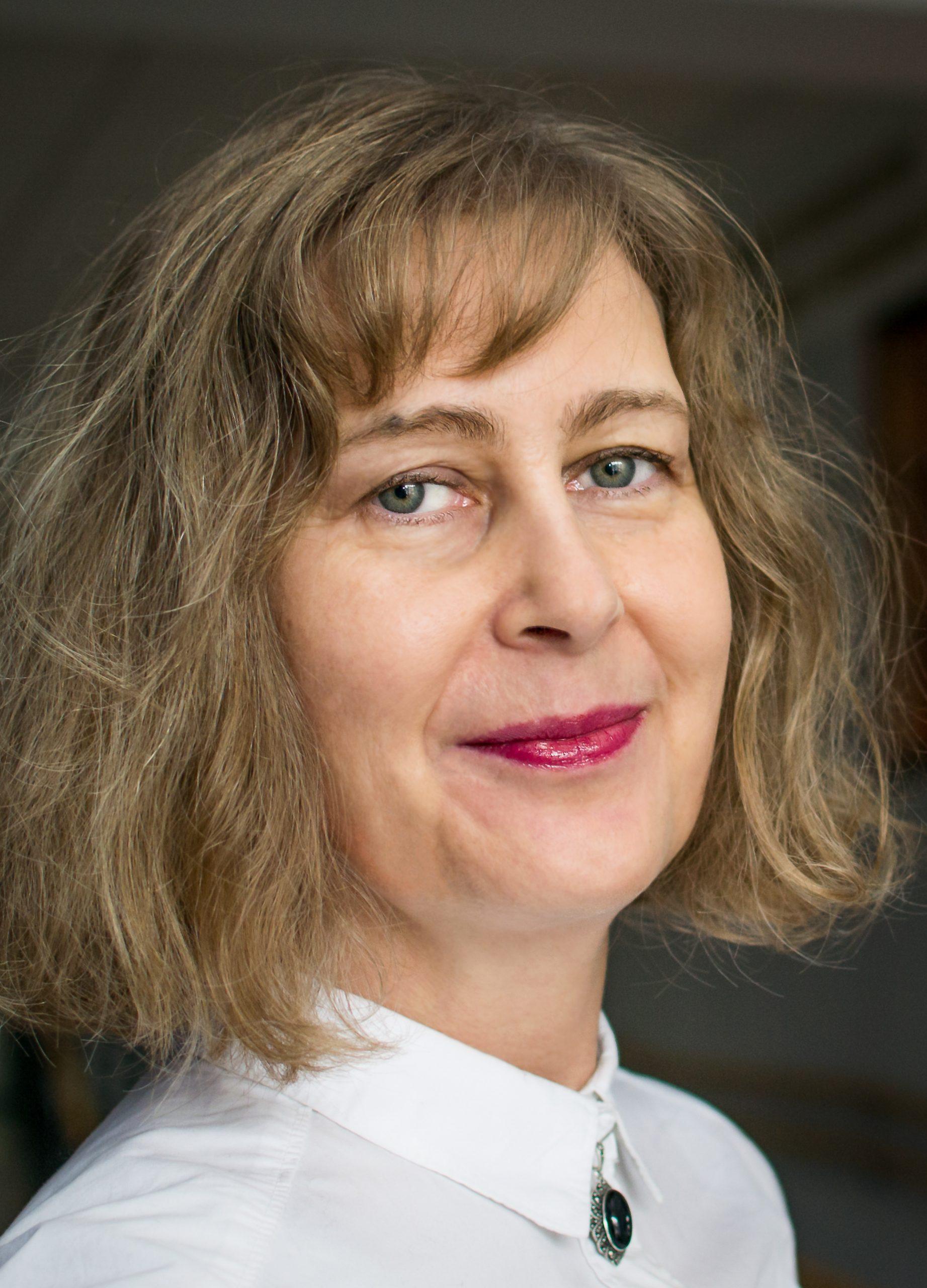 dr Anna Królikowska